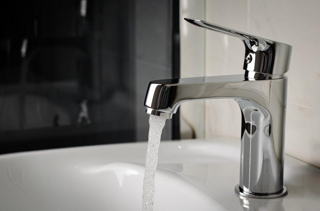 plombier-mirabel-detartrage-robinet-1920